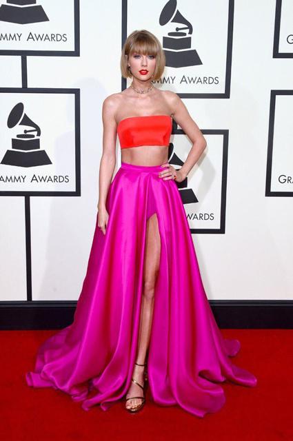 Taylor-Swift-at-2016-Grammy-Awards